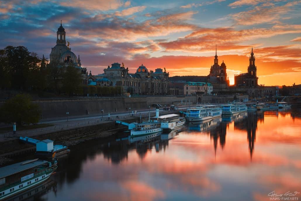 Blick auf die Skyline von Dresden zum Sonnenuntergang Hans Fineart Fotokurs